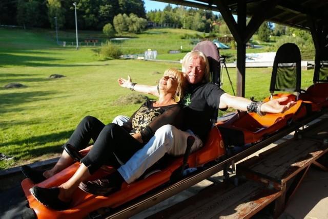 Tak bawili się razem Jadwiga i Zdzisław z Sanatorium Miłości.