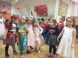 Zabawa karnawałowa w Przedszkolu nr 1 w Oleśnicy. Zobaczcie, jak bawili się najmłodsi (DUŻO ZDJĘĆ)