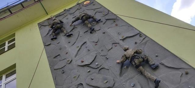 Żołnierze 1. Batalionu Czołgów w Żurawicy doskonalili swoje umiejętności.