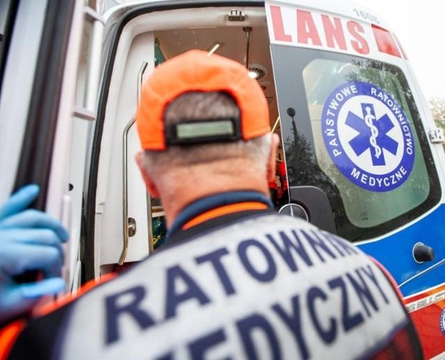 Trzynastu ratowników medycznych z Lipna złożyło wypowiedzenia. Dali miesiąc na znalezienie nowych pracowników.