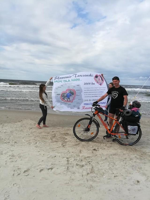Sławomir Tarczewski wrócił z wyprawy rowerowej dookoła Polski. Ile zebrał na rzecz chorej Hani?