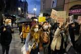 Protest w obronie praw kobiet w Sosnowcu: Rząd nie ciąża, można go usunąć