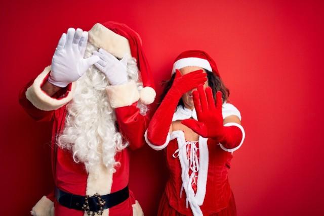 Te ozdoby bożonarodzeniowe to maszkarony.