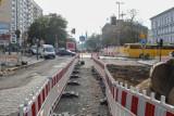 Śródmiejski odcinek alei Wojska Polskiego w Szczecinie: Praca wre, ale na finał długo poczekamy