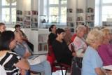 Koncert Kuby Michalskiego. Narodowe Czytanie w bibliotece
