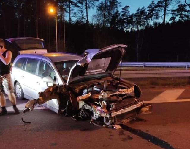10 maja wieczorem osobowe auto uderzył w barierę energochłonną na S3 pod Goleniowem