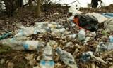 Dzikie wysypisko w Załęczu Wielkim do likwidacji. Problem z wyborem firmy, która wywiezie śmieci
