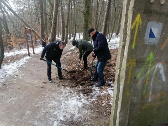 Ruszyła budowa ostatniego odcinka ścieżki rowerowej wokół Jeziora Nowogardzkiego