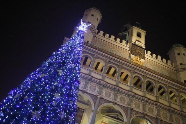 Świąteczny Stary Rynek w Poznaniu w grudniu 2014 roku.