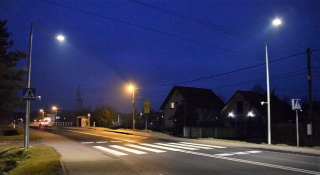Na przejściu dla pieszych w Zarzeczu (droga wojewódzka 783) , jego mieszkańcy mogą się czuć bezpieczni.