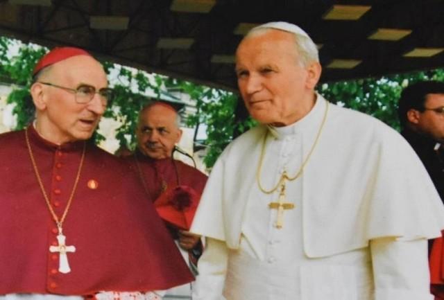 Od soboty 16 października Jan Paweł II będzie patronem Staszowa.
