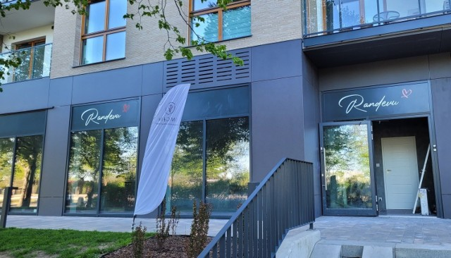 W lokalu przy alei Hallera we Wrzeszczu powstaje salon z masażem erotycznym