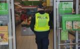 Policyjne kontrole w Jędrzejowie. Posypały się mandaty za brak maseczki. Zobaczcie zdjęcia