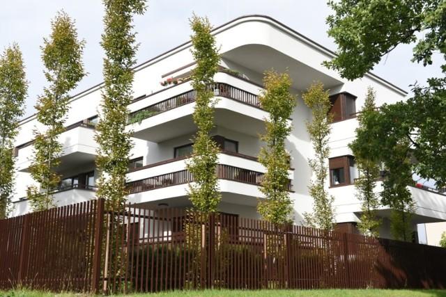 Budynek przy ul. Pułaskiego 1. Obiekt Roku w najbardziej obleganej kategorii: Zespoły i pojedyncze budynki mieszkalne.