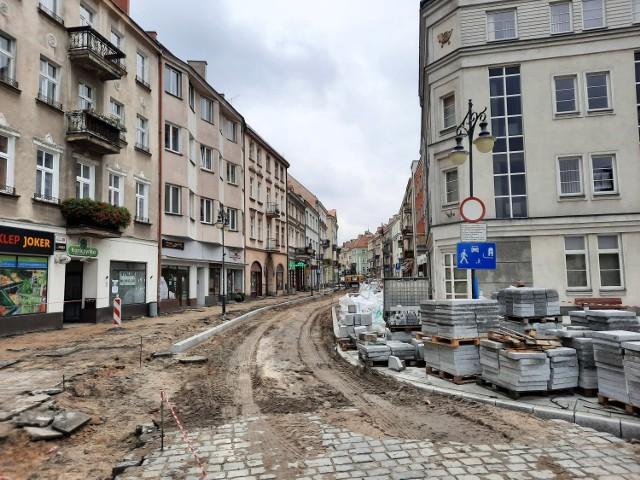 Ulica Zamkowa w Kaliszu zmienia się w woonerf