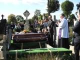 Pogrzeb śp. Janusza Karpińskiego. Rodzina i przyjaciele towarzyszyli mu w ostatniej drodze [zdjęcia]
