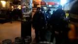 """PiwPaw w Warszawie. Wielki nalot na czynny bar. Służby zajęły beczki z piwem. """"70 chłopa okrada nam chłodnię i zapasy"""""""
