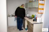 Pierwsi lokatorzy w mieszkaniu treningowym chronionym w Bełchatowie