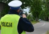 Powiat wejherowski. Policjanci zatrzymali 4 prawa jazdy za przekroczenie prędkości o ponad 50 km/h w terenie zabudowanym