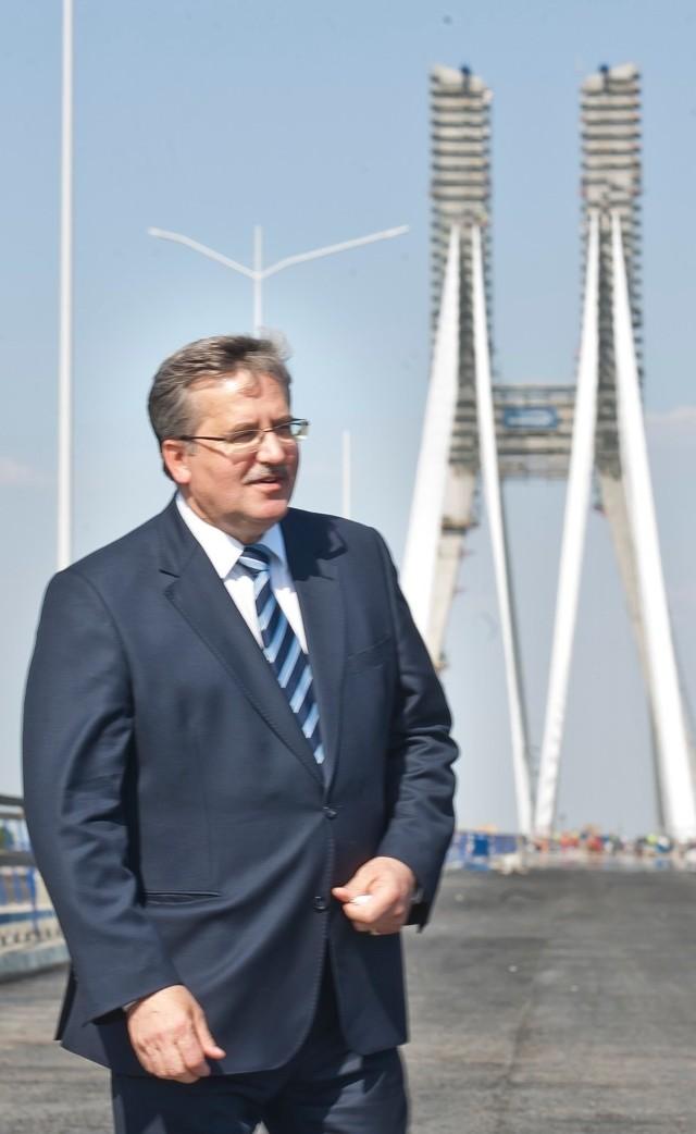 W maju 2011 roku prezydent Komorowski odwiedził budowę AOW we Wrocławiu