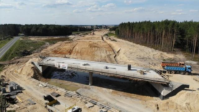 Postęp prac przy budowie obwodnicy Olesna.