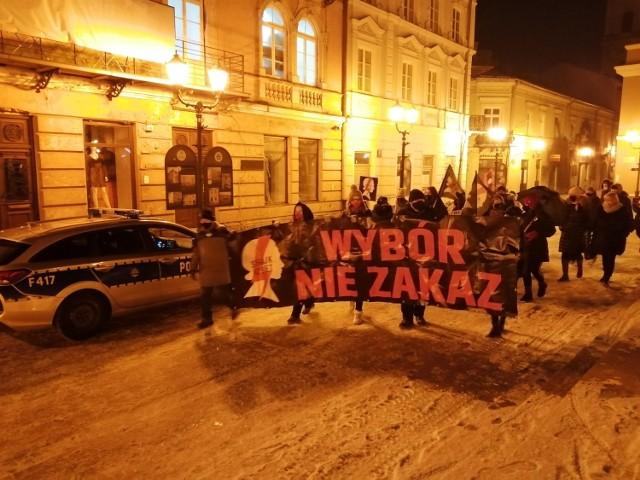 Strajk Kobiet, Piotrków: Protest na 100 dni od wyroku TK w Piotrkowie, 29 stycznia 2021