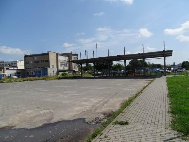 - Przewoźnik zawiesił połączenia do Bydgoszczy i z Bydgoszczy do Chełmna do końca sierpnia - mówi Artur Mikiewicz, burmistrz Chełmna