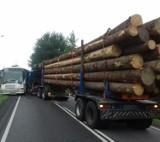 Wypadek w Czchowie. Zderzył się autobus i ciężarówka [ZDJĘCIA]