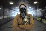 """Siergiej Antonow """"Ciemne tunele"""": Powrót do moskiewskiego metra 2033 roku [recenzja]"""