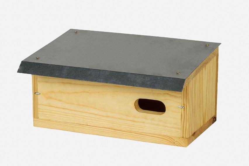 Budka dla jerzyka ma charakterystyczną formą, odmienną niż...
