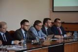 Kwietniowa sesja rady powiatu zawierciańskiego FOTO