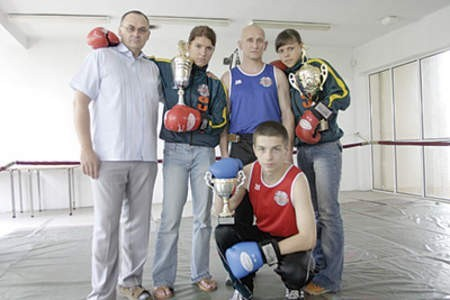 Macieja Jarosa (kuca) tym razem z turnieju wyeliminowała kontuzja kciuka.  Olgierd Górny