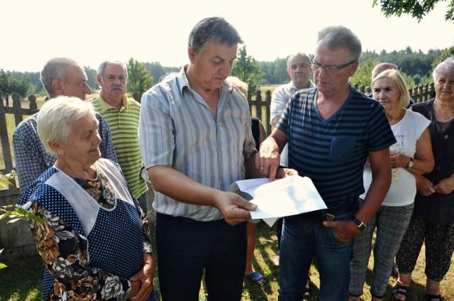 Mieszkańcy Janówki wysyłają kolejne pisma do kopalni żądając odszkodowań i wysiedlenia części gospodarstw, bo jak sami przyznają, mają już dosyć życia w ciągłym hałasie