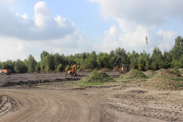 Rozpoczęły się prace związane z budową boiska w Bytomiu-Rozbarku. Inwestycja pochłonie prawie 4 mln zł