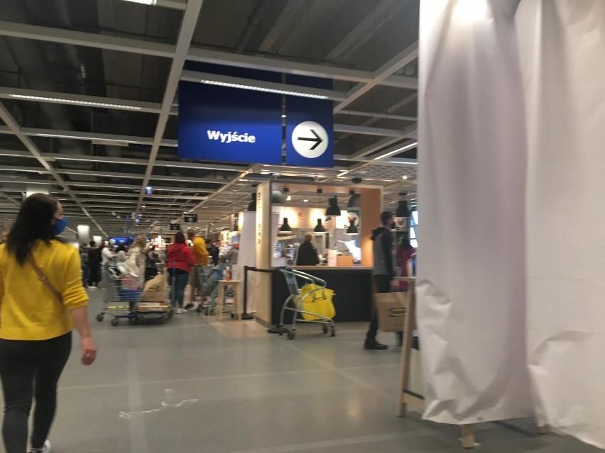 Katowicka Ikea została oblężona przez tłumy klientów.