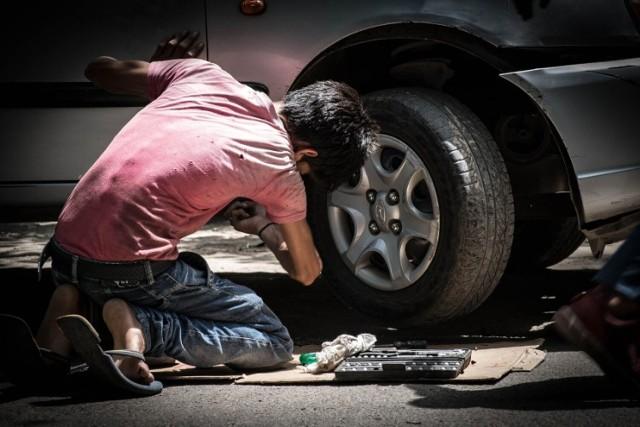 LESZNO. Mechanicy samochodowi i warsztaty samochodowe - sprawdziliśmy którzy najlepsi według opinii internautów z Google