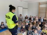 """Wrzesień pod hasłem """"Bezpieczna droga do szkoły"""" - ważna inicjatywa ostrowskiej Policji"""