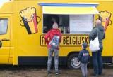 Trwa zlot Food Trucków na Białołęce. Smaki z czterech stron świata
