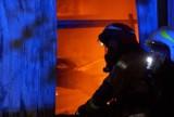 Pożar w Cekowie-Kolonii koło Kalisza. Spłonęła lakiernia. Straty są ogromne. ZDJĘCIA