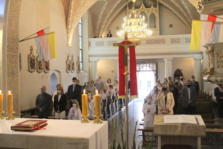Gm. Szamotuły. Pierwsza Komunia Święta w parafii pw. Wszystkich Świętych w Otorowie [ZDJĘCIA]
