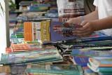 Jak zaoszczędzić na podręcznikach szkolnych