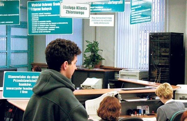 Urząd Miasta w Gliwicach - petent ma co czytać
