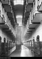 Zakład Karny w Rawiczu na archiwalnych zdjęciach z Narodowego Archiwum Cyfrowego [ZDJĘCIA]