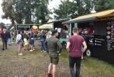 Festiwal Smaków Świata zawitał do Gubina. Food Trucki z pysznym jedzeniem zaparkowały na Wyspie Teatralnej. Zobaczcie zdjęcia!