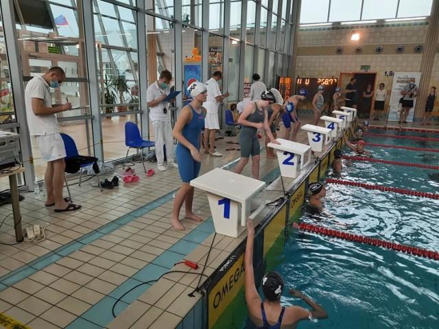 Bełchatowscy pływacy pokazali się na zawodach w Opocznie z dobrej strony