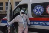 Trzecia fala epidemii koronawirusa. W Beskidach zaczyna powoli brakować łóżek covidowych. Pacjenci wożeni są na Górny Śląsk