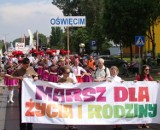 Marsz w Oświęcimiu. Przeszli ulicami miasta manifestując przywiązanie do wartości rodzinnych