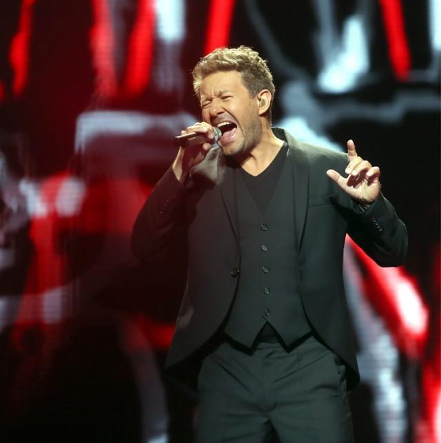 W platynowej dziesiątce znalazł się też zespół Perfect, wylęgarnia największych polskich przebojów. Od kilku dekad... niepokonani. W tej dziesiątce są też Andrzej Piaseczny, który łamie serca swoimi piosenkami...