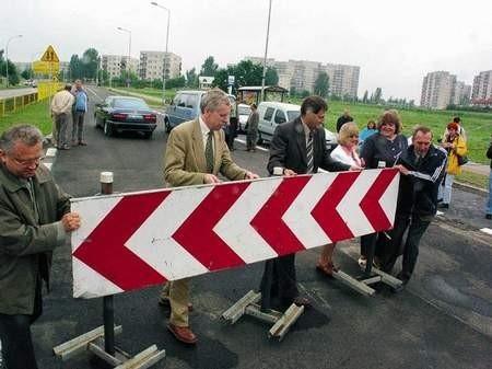 Po usunięciu blokad drogowych odcinek jezdni oddany został do użytku.  /  JAKUB MORKOWSKI