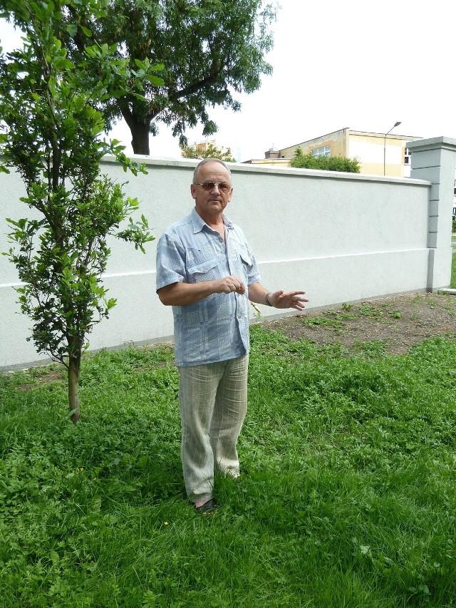 Bogdan Korniowski odkrył w Pile czakram, który znajduje się ponoć przy wejściu do Parku Miejskiego